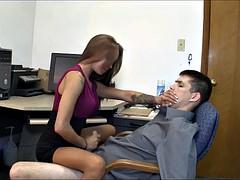Одетые девушки голые парни, Семяизвержение, Женское доминирование, Ласковые ручки, Секретарша
