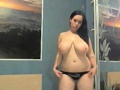 babe sophiestone flashing boobs on live webcam