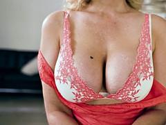 Grote mammen, Blond, Oudere vrouw, Sperma shot, Hardcore, Huisvrouw, Rijden, Lerarin