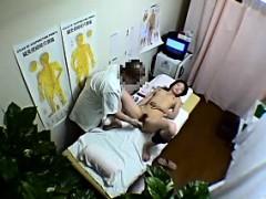 Voyeur of amateur asian body massage