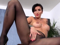 Exquisite nympho is peeing and pleasuring hairless slit11CQJ