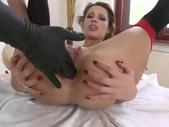 A bitch that enjoys fucking with sex toys is shaking her tight ass