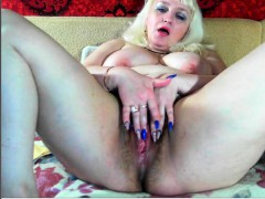Anastacie mature solo masturbation