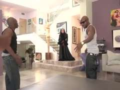 The Mover's Group-Pulverize house wife
