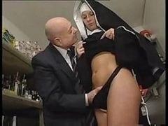 Grossier, Nonne