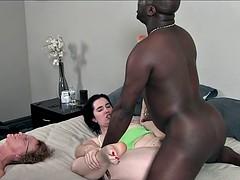Любители, Большой член, Черные, Кончили внутрь, Черненькие, Групповуха, Подружка, Межрасовый секс
