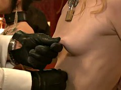kinky sex slave chicks lick each other