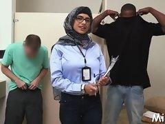 arab hottie undresses in library movie segment 1