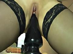 Mature milf fucking gigantic dildos