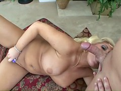 bubble tits sucks some cock