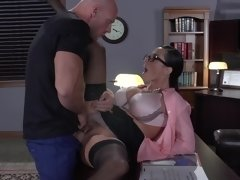 He is a bad worker but he can satisfy boss's sexual needs