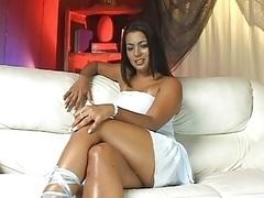 Ju Pantera takes brasilian penis in her ass