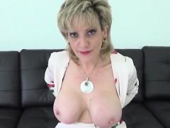 Unfaithful uk mature lady sonia exposes her gigantic hooters