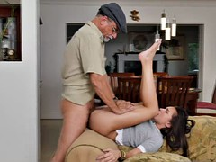 Amy goes on top rides Glenns old cock on the couch