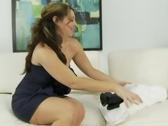 Kiki Daire and her huge toys have hot solo sex