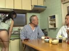 Tussi, Besamung, Japanische massage