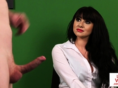 Classy office babe instructs naked client