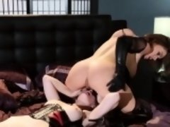 Lezdom gets her feet worshipped by babe
