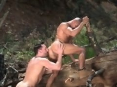 Tattoo bodybuilder outdoor sex with cumshot