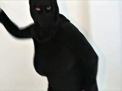 QATAR ISIS MASSIVE BOOBS