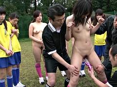 Braunhaarige, Gruppe, Japanische massage, Öffentlich, Sport, Jungendliche (18+), Titten, Spielzeuge