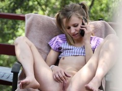 Teen babysitter sucks