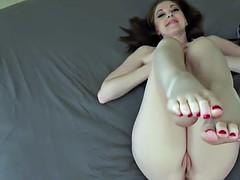 erotic feet - scarlet faye