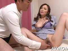 milf pussy teased and creamed clip