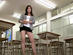 Professeur, Sous la jupe