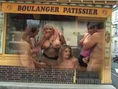 La boulangere salope (Joy at the bakery)