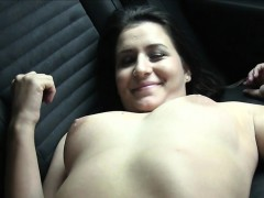 Fake agent bangs naive babe in his car in public