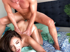Cutie Jane Wilde make use of roommate's hard cock